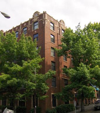 404 E Howell Street #304 Photo 1