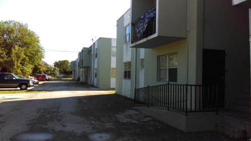 2301 Atlantic Ave #2 Photo 1