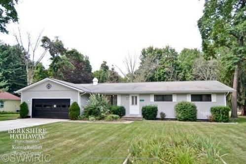 13892 Lakewood Drive Photo 1