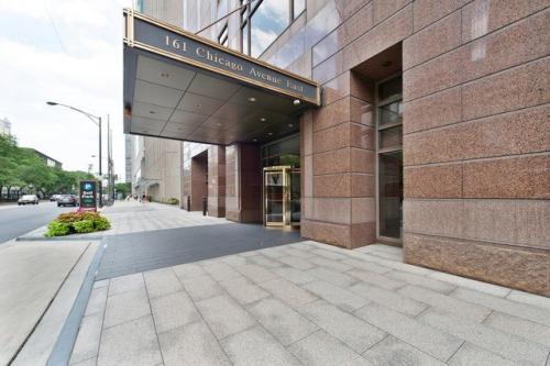 161 E Chicago Avenue Photo 1