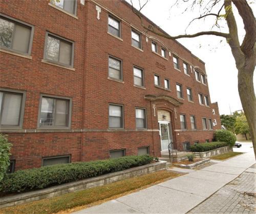 2311 E North Avenue Photo 1