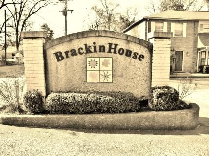 421 Brackinhouse Photo 1