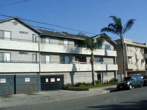 13920 Chadron Avenue Photo 1