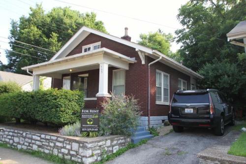 463 Euclid Avenue Photo 1