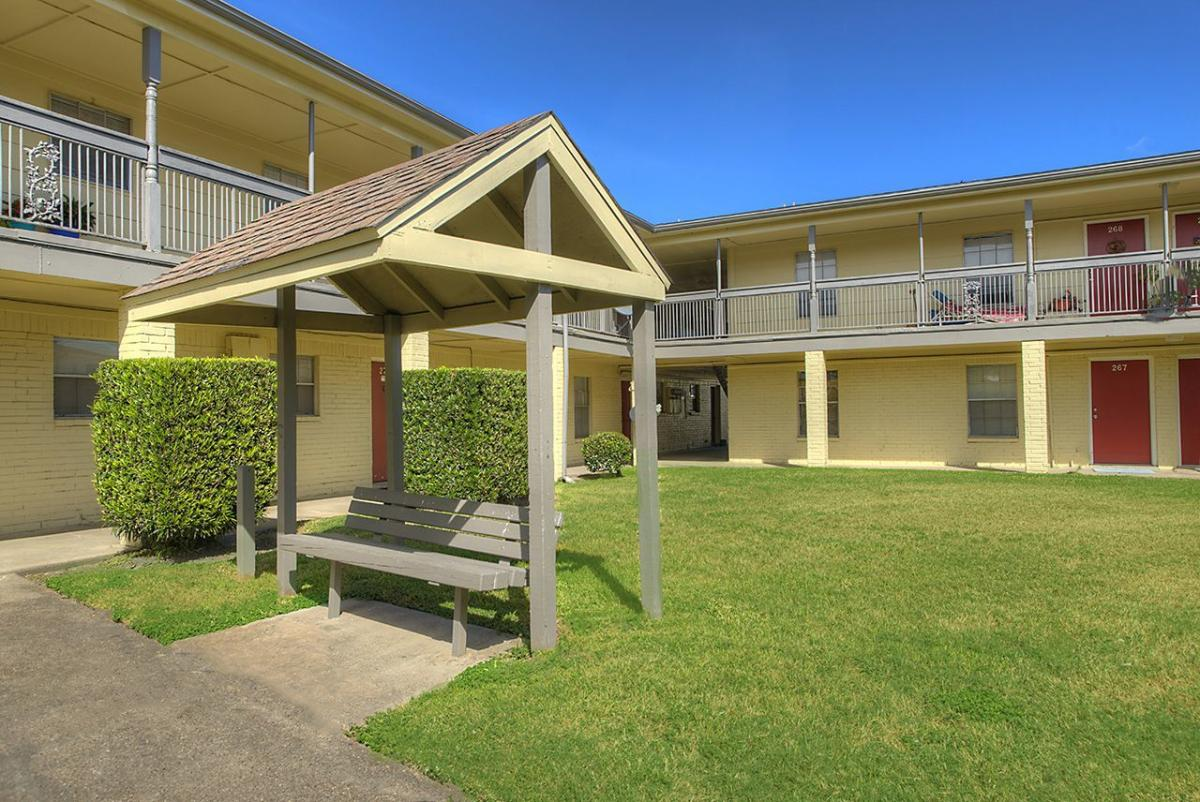 oaks of baytown apartments baytown tx from 510mo hotpads rh hotpads com