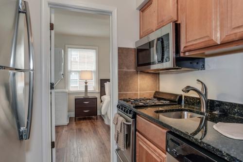 Myerton Apartments Photo 1