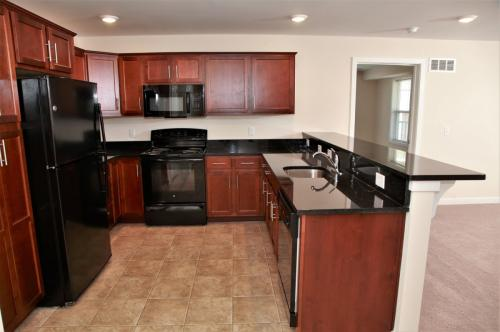 Lakeview Apartments Photo 1