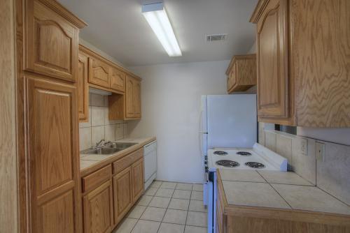 Spurlock North Apartments Photo 1
