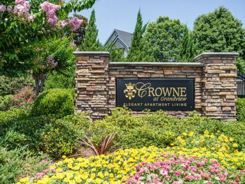 The Crowne At Grandview Photo 1