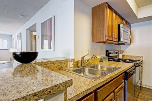 Sabal Club Apartments Photo 1