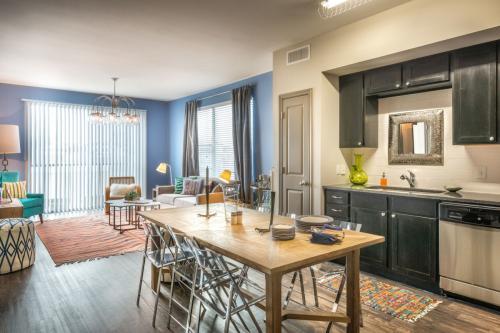 Sylvan Thirty Apartments Photo 1