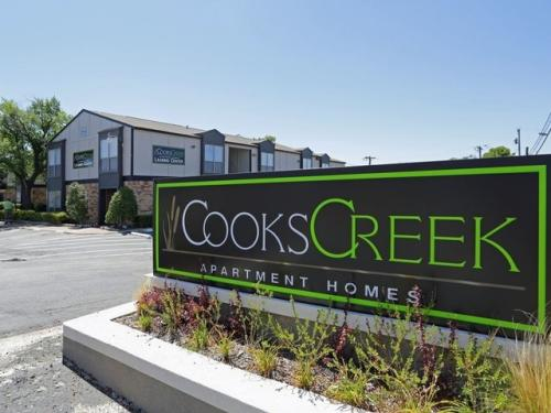 Cooks Creek Apartment Homes Photo 1
