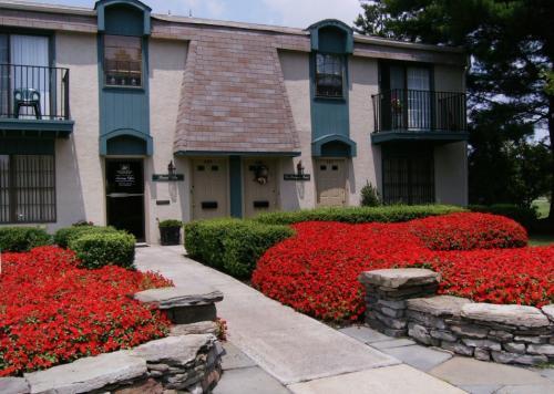 Heather Ridge Apartments Photo 1