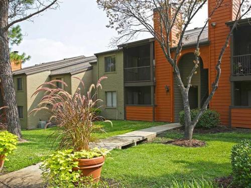 Derby Park Apartments Photo 1