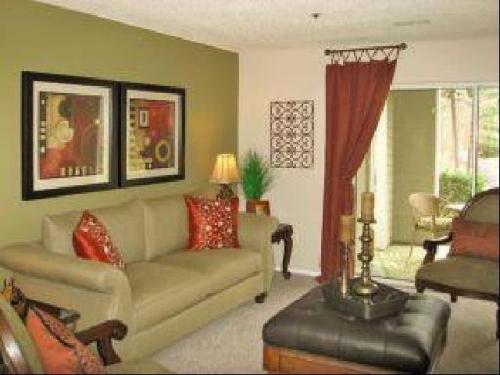 Jefferson Lakeside Apartment Homes Photo 1