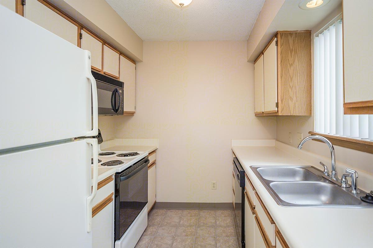 Berkshire Apartments at 8820 W Westlawn, Wichita, KS 67212 | HotPads