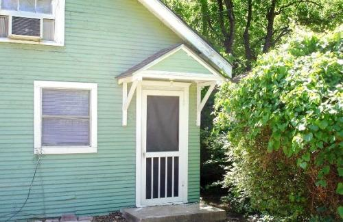 218 N Windomere Avenue #STUDIO Photo 1