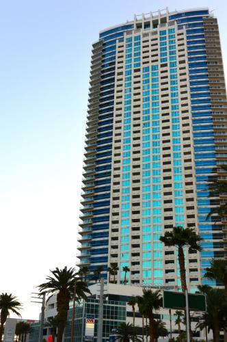 2700 Las Vegas Boulevard Photo 1