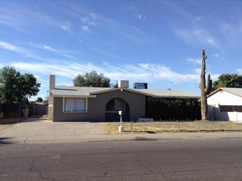 6755 W Montebello Avenue Photo 1