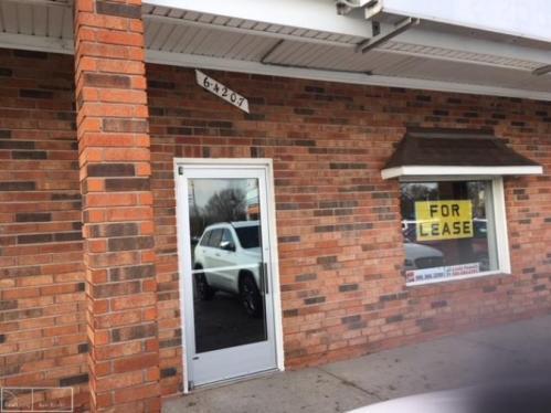 64207 Van Dyke Photo 1