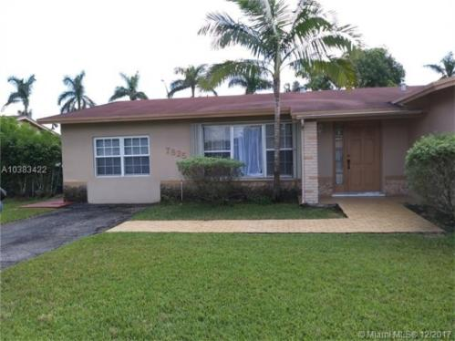 7825 SW 127th Court A Photo 1