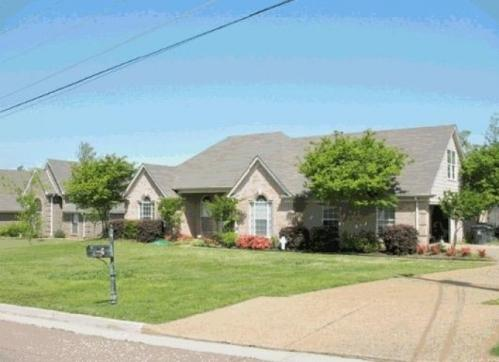 20 Country Brook Dr Photo 1