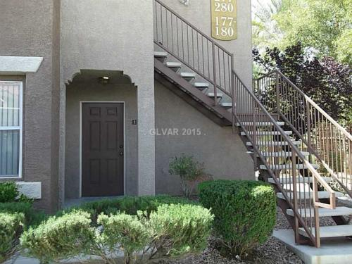 2 bed, 2.5 bath, 1053 sqft, $845 Photo 1
