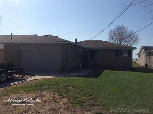 48228 Harbor Dr Photo 1