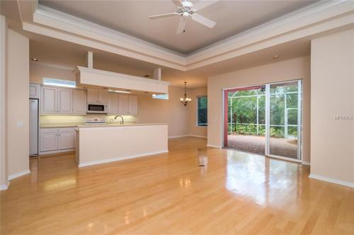 151 Tall Trees Court Photo 1