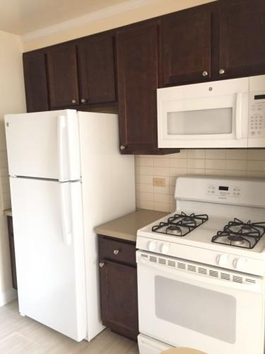 2 bed, $1,450 Photo 1