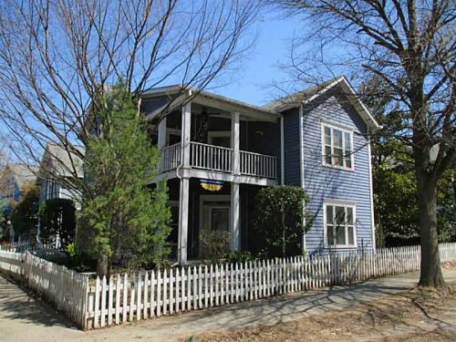 322 Glenwood Avenue SE Photo 1