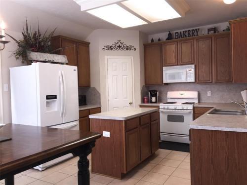 3811 Carters Lake Photo 1