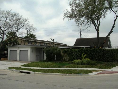 5502 Beverly Hill Photo 1