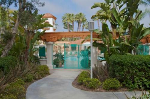 120 Villa Point Drive Photo 1