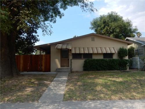 8529 Lindley Ave Photo 1