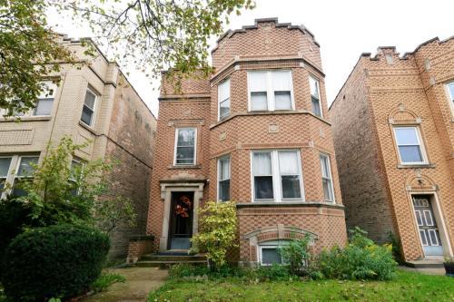 5636 N Saint Louis Avenue #1 Photo 1