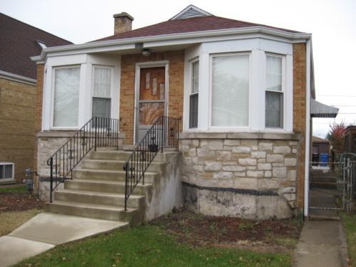 3311 N Narragansett Avenue Photo 1