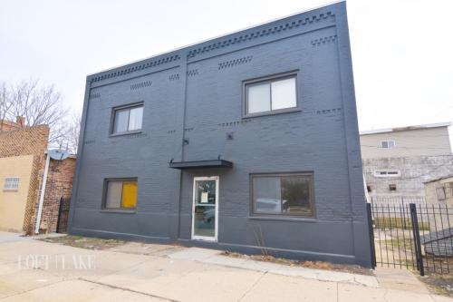 2401 S Leavitt Street Photo 1