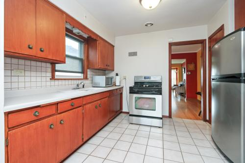 3716 W 79th Place Photo 1
