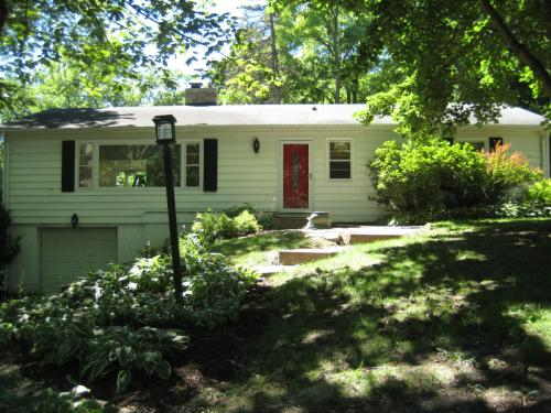 420 N Raleigh Place Photo 1