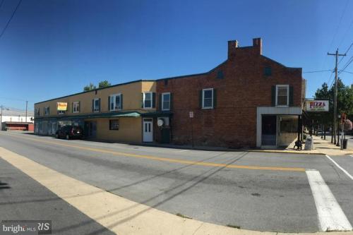 9 Fayette Street N #D Photo 1