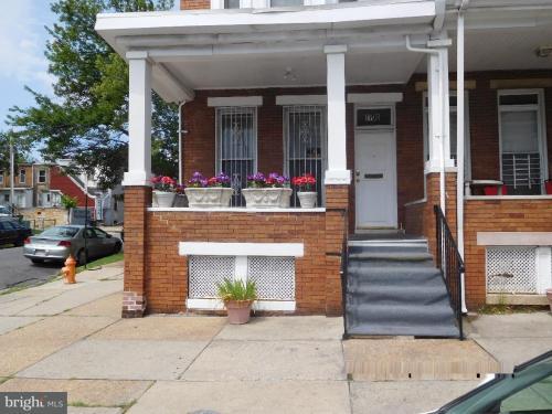 1700 Ruxton Avenue #ROOM 3 Photo 1