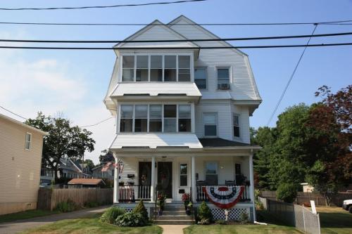 382 E Main St #2 Photo 1