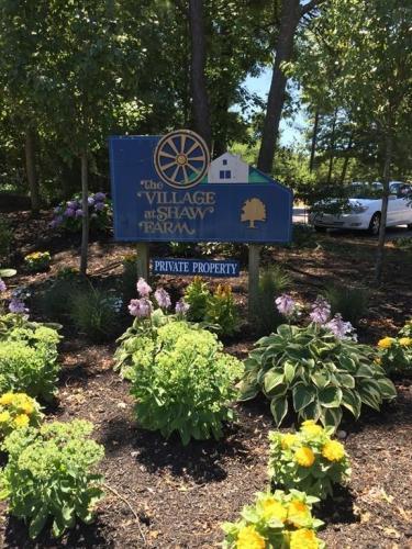 141 Shaw Farm Road #141 Photo 1