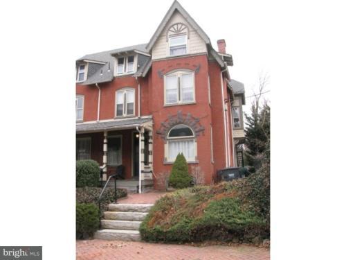 1401 Gilpin Avenue #3 Photo 1