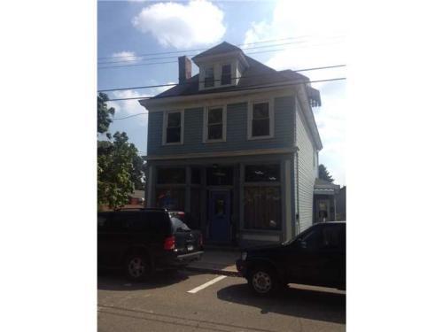 215 Center Avenue Photo 1