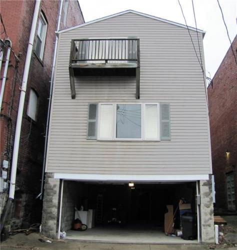 105 E Barr Street Photo 1