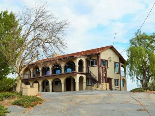 25040 Woolsey Canyon Road Photo 1