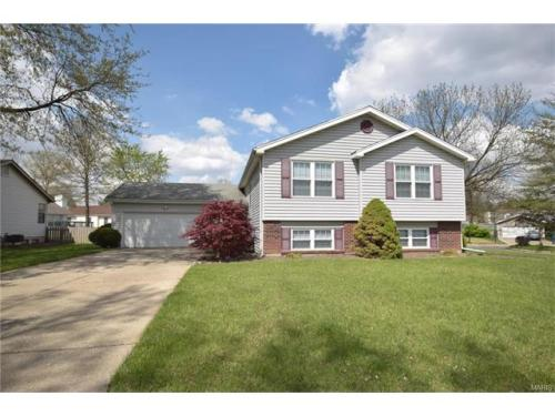 144 Country Brook Ct Photo 1
