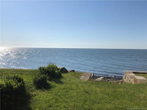 174 Point Beach Drive Photo 1
